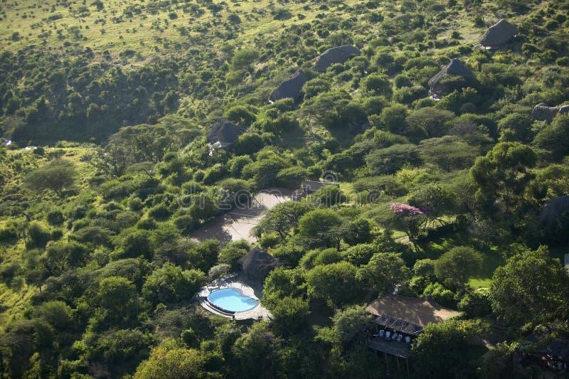 Fotos aéreas de negligenciar a tutela de Lewa e do alojamento em Kenya, África imagens de stock