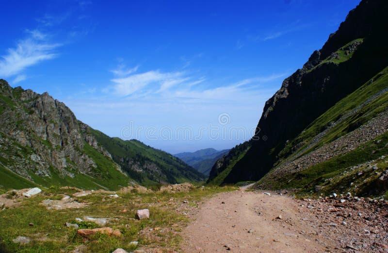 Fotos de las montañas en Kazajistán fotografía de archivo