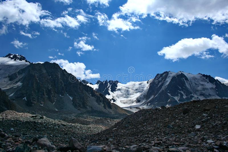 Fotos de las montañas en Kazajistán fotografía de archivo libre de regalías