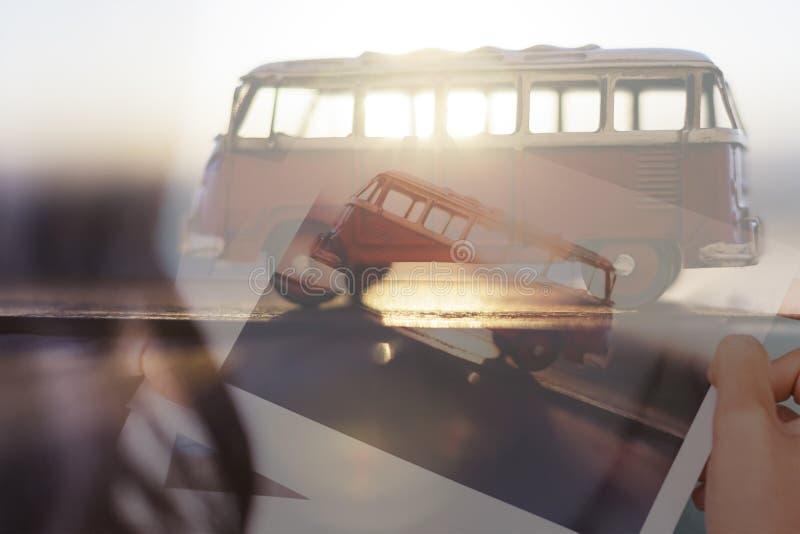 Fotos do curso da exposição dobro e uma camionete foto de stock