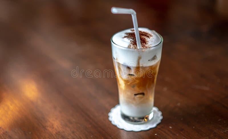 Fotos heladas frescas del café de la moca imagen de archivo