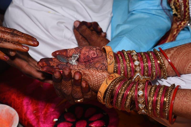 Fotos indianas do casamento kanyadan imagens de stock