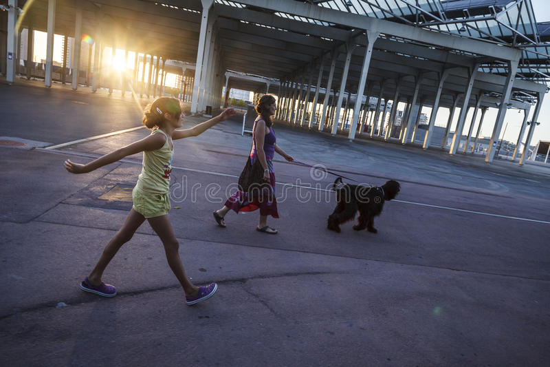 Fotovoltaic som buiding - det störst i Spanien i zonen av Foen arkivfoto