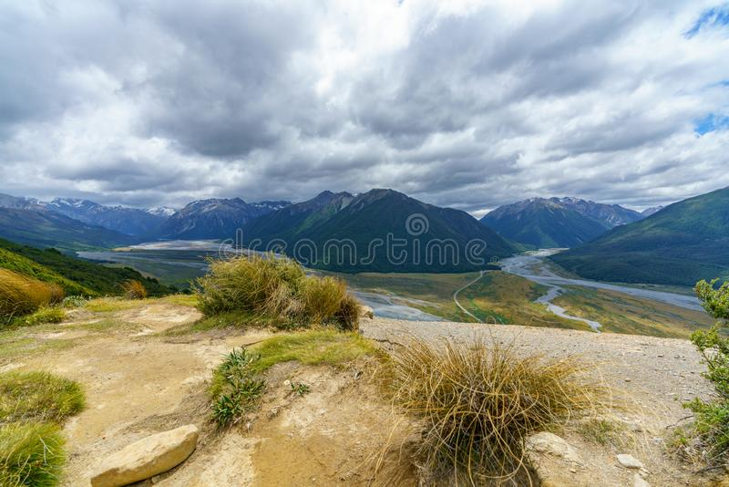 Fotvandra bealeyen sporra spåret, arthurs passerar, Nya Zeeland 19 royaltyfri foto