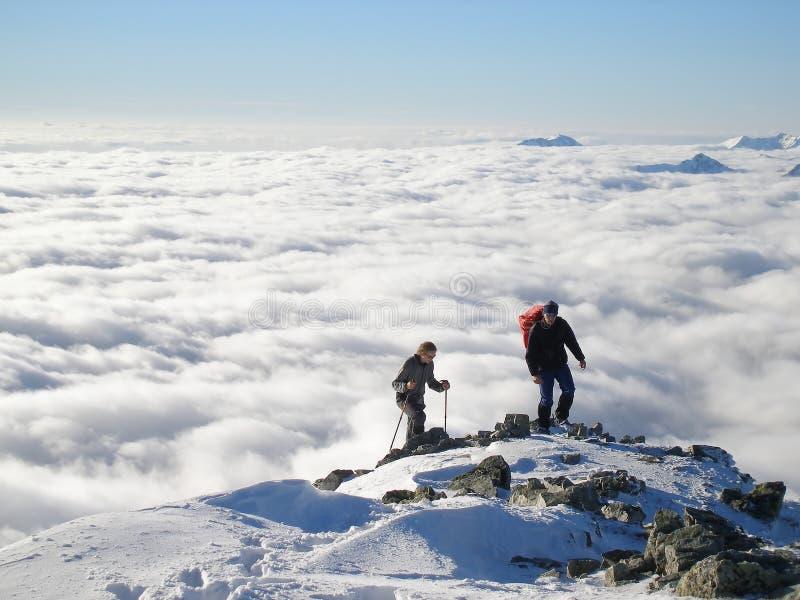 fotvandra berg arkivfoton