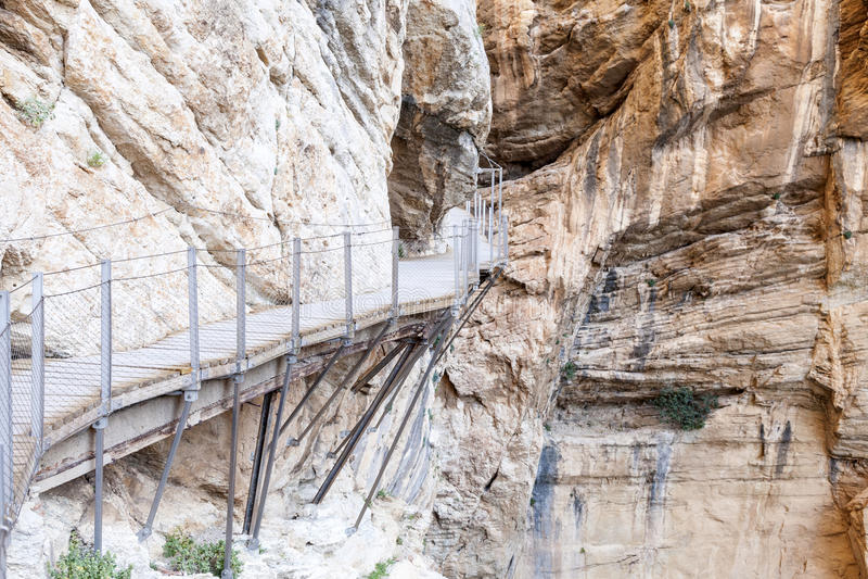 Fotvandra slingan Caminito del Rey Malaga landskap, Spanien arkivfoto