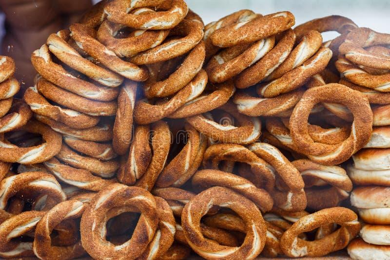 Foty świezi bagels w ulicie obrazy stock