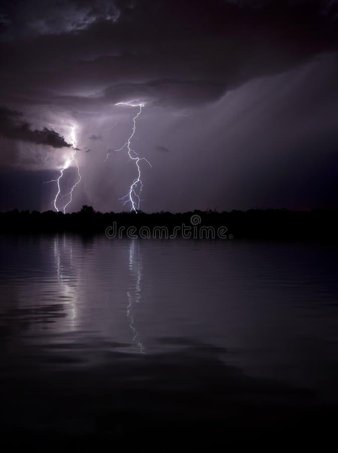 foudre de lac plus de photographie stock
