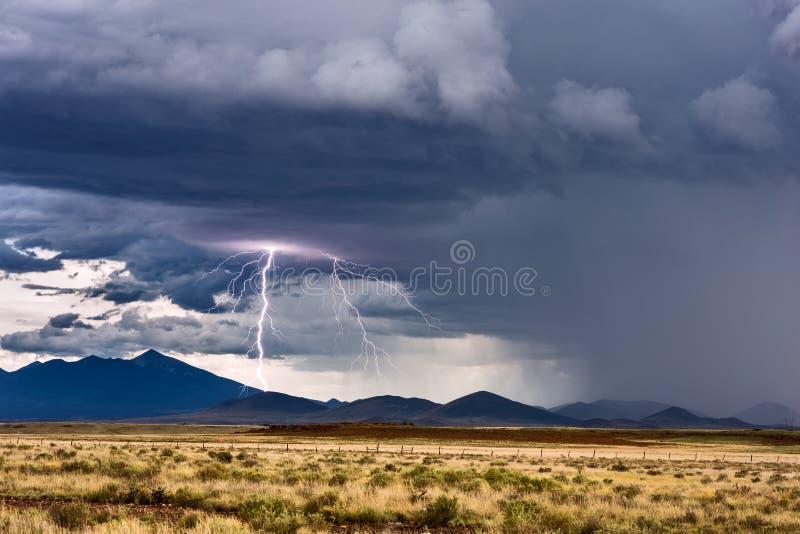 Foudre et orage photos libres de droits