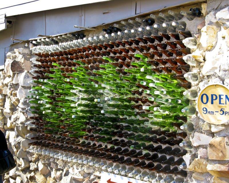foudre ridge de maison de bouteille en verre photographie ditorial image du maison. Black Bedroom Furniture Sets. Home Design Ideas