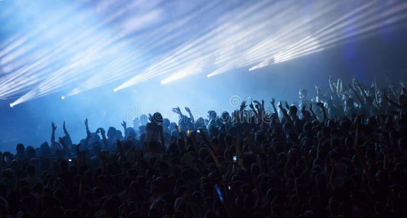 Foule au concert photo stock