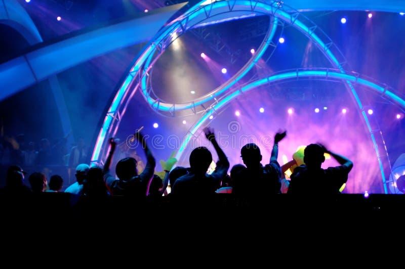 Foule dans le concert image libre de droits