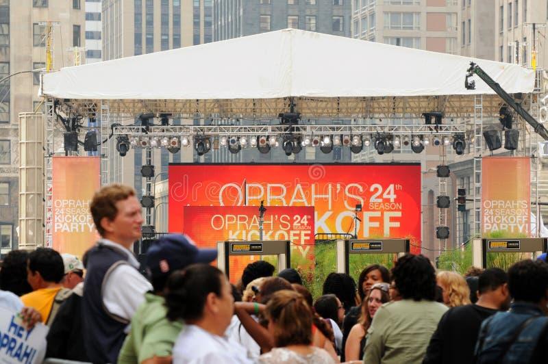 Foules de début d'Oprah images stock