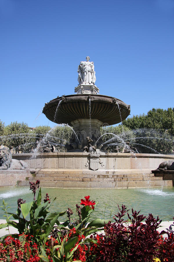 Download Fountain In Aix En Provence Stock Image - Image: 26627313
