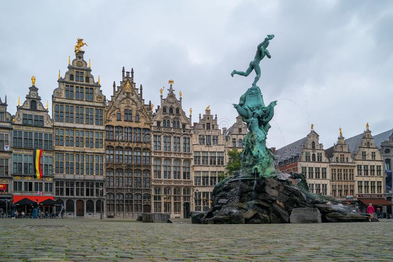 Fountain of Brabo in the old market square Grote Markt. royalty free stock image