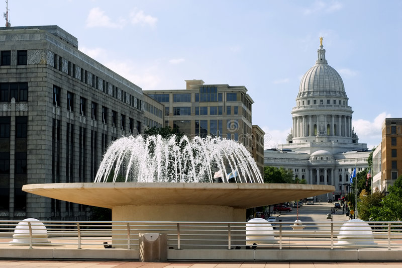 Fountain Downtown Madison Royalty Free Stock Image