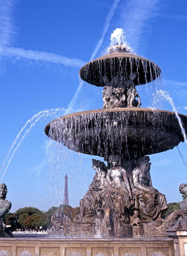 Download Fountain And Eiffel Tower, Paris, France. Stock Photo - Image: 25357148