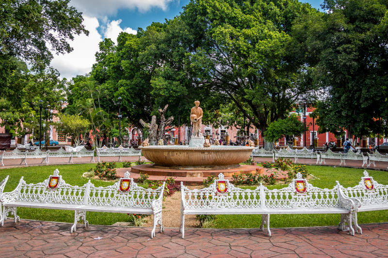 Fountain and main plaza - Valladolid, Mexico royalty free stock image