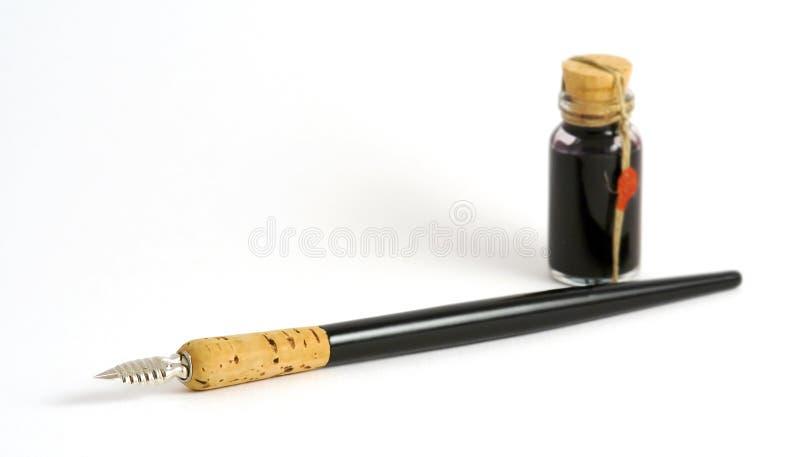 Fountain-pen e tinta fotografia de stock royalty free