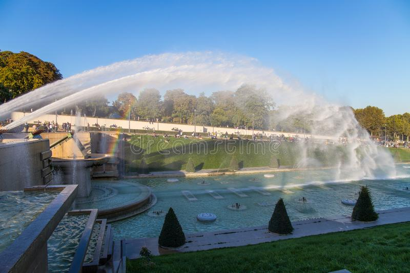 Fountain of Trocadero Gardens in front of Eiffel Tower in Paris, France stock photography