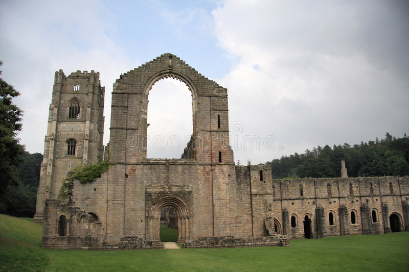 Fountains Abbey. Near to Ripon in North Yorkshire, England. The remains of a Cistercian monastery, and the largest Abbey ruins in England stock photo