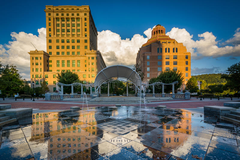 Fountains and buildings at Pack Square Park, in downtown Asheville, North Carolina. royalty free stock photos