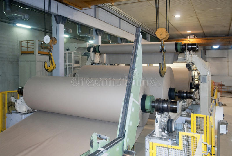 fourdrinier πολτός χαρτιού μύλων μηχ&alp στοκ εικόνα