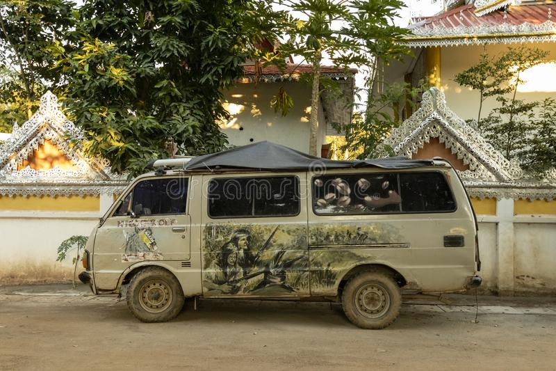 Fourgon hippie en Pai Thailand image libre de droits
