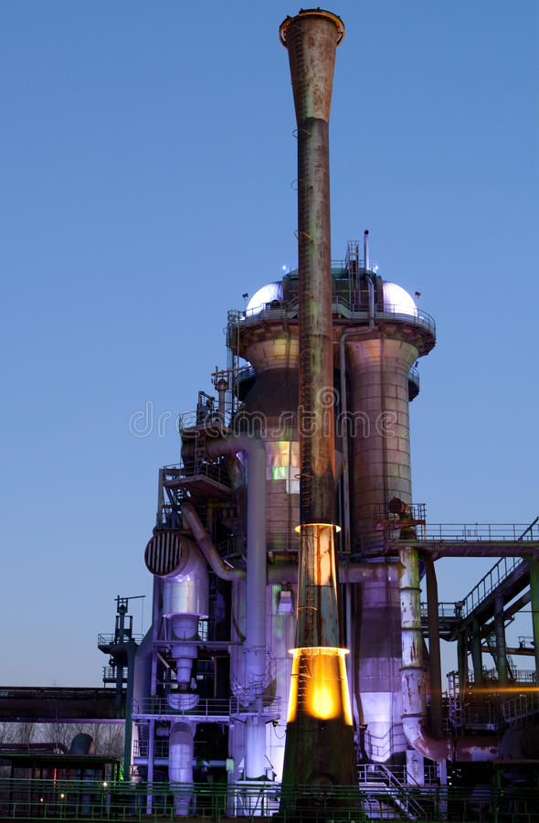 Fourneau d'industrie sidérurgique photos stock