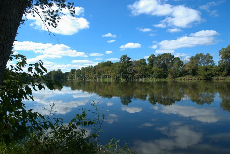 Fox河,Silver斯普林斯国家公园,约克维尔,伊利诺伊美国 免版税库存照片