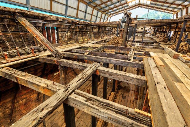 ` Fox Эдвина `, старый разрушенный корабль, проходя консервацию стоковая фотография