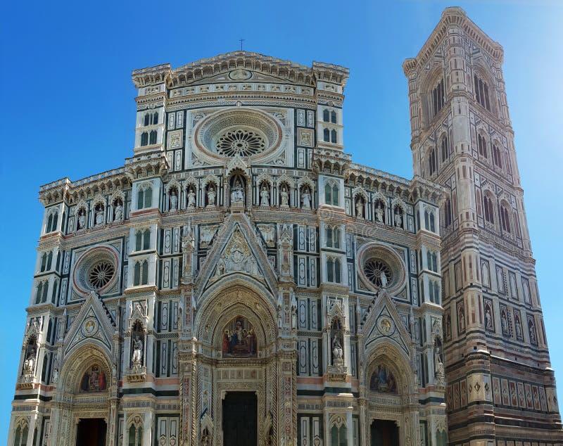 Fr?mre fasad f?r Florence domkyrka Italienare marmorerar m?sterverket arkivbild