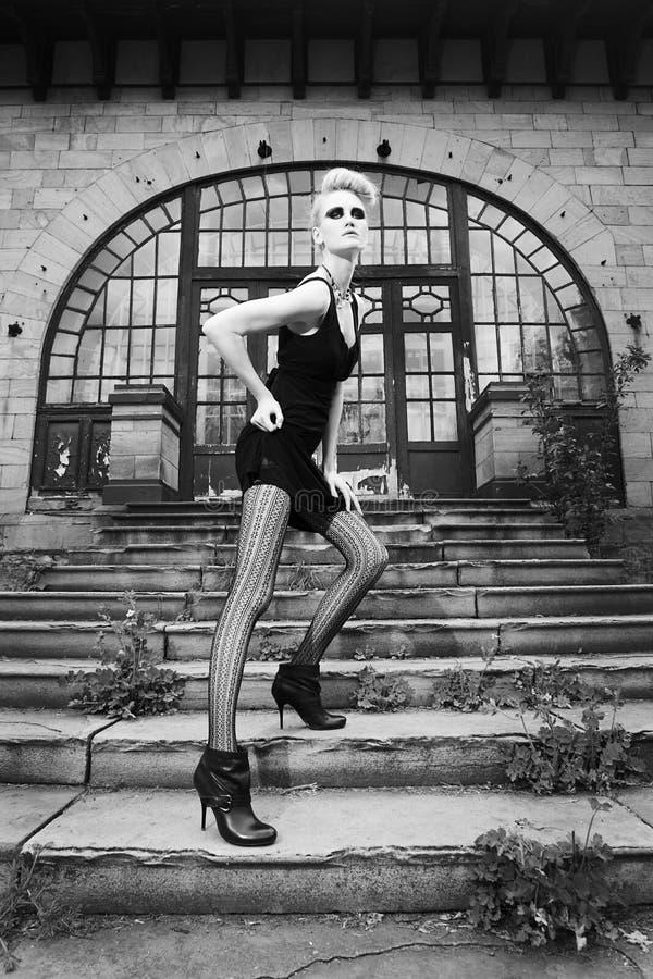 främre gammal husmodell för mode royaltyfria bilder