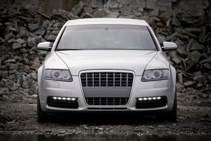 främre lyxig övre sikt för bil arkivfoto