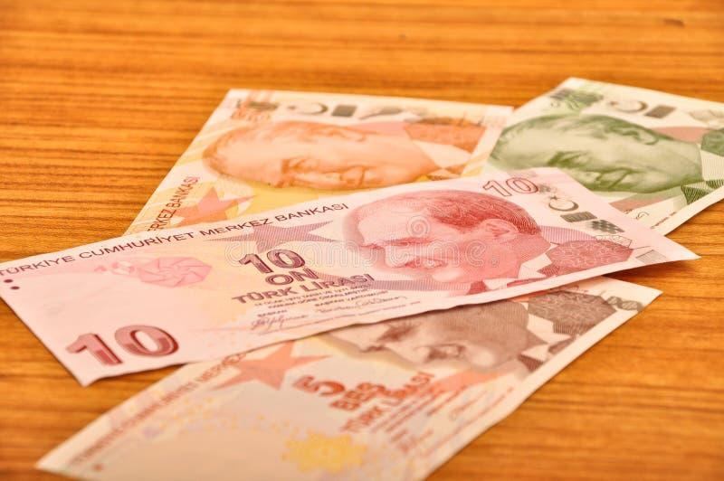 Främre sikt för olika sedlar för turkisk lira royaltyfri fotografi