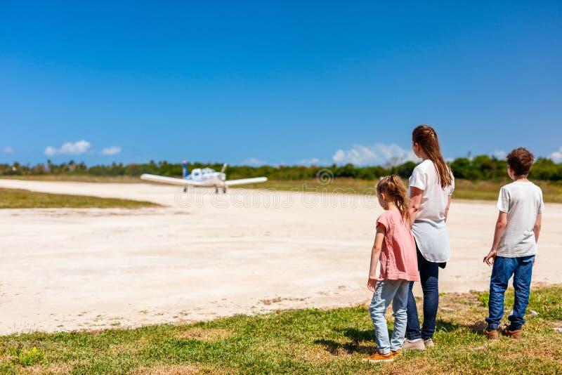 främre ungemoder för flygplan arkivbild
