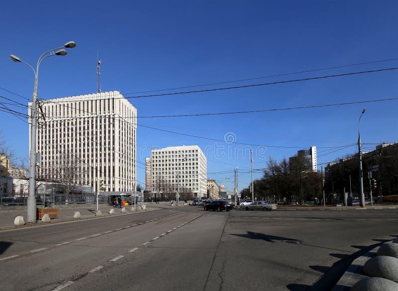 Från den ryska federationen centralbank (banken av Ryssland) Zhitnaya St 12, Moskva, Ryssland royaltyfri bild