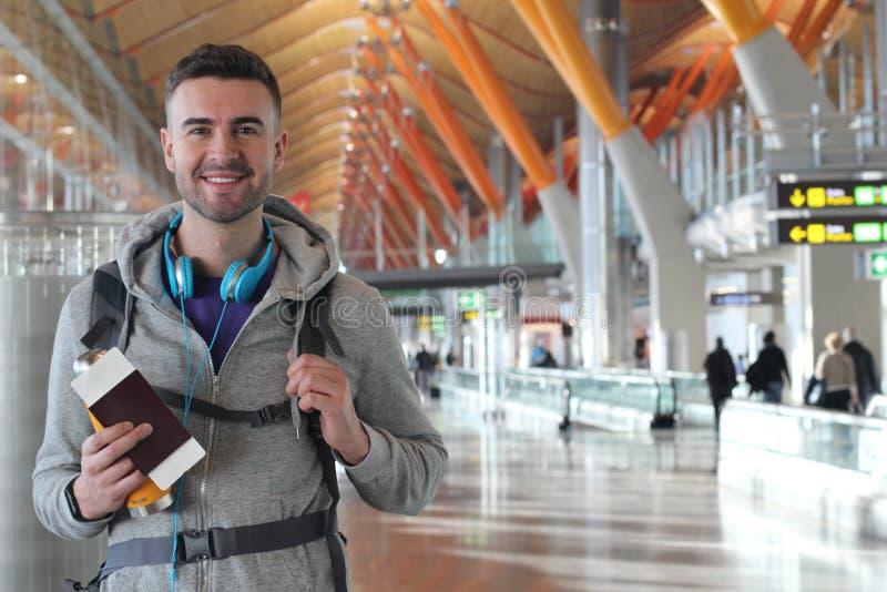 Fréquentez le voyageur prêt à décoller images libres de droits