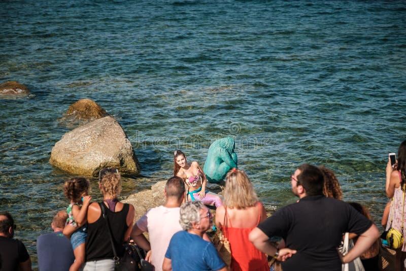 Fröcken Mermaid International 2016 med en Sirenella royaltyfri bild