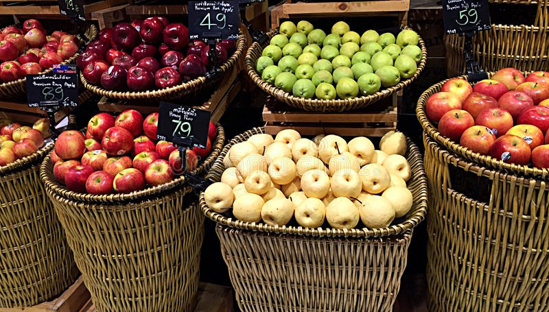 Früchte für Verkauf stockbilder