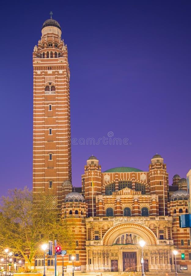 Früher Morgen England Kathedrale Londons Westminster lizenzfreie stockbilder