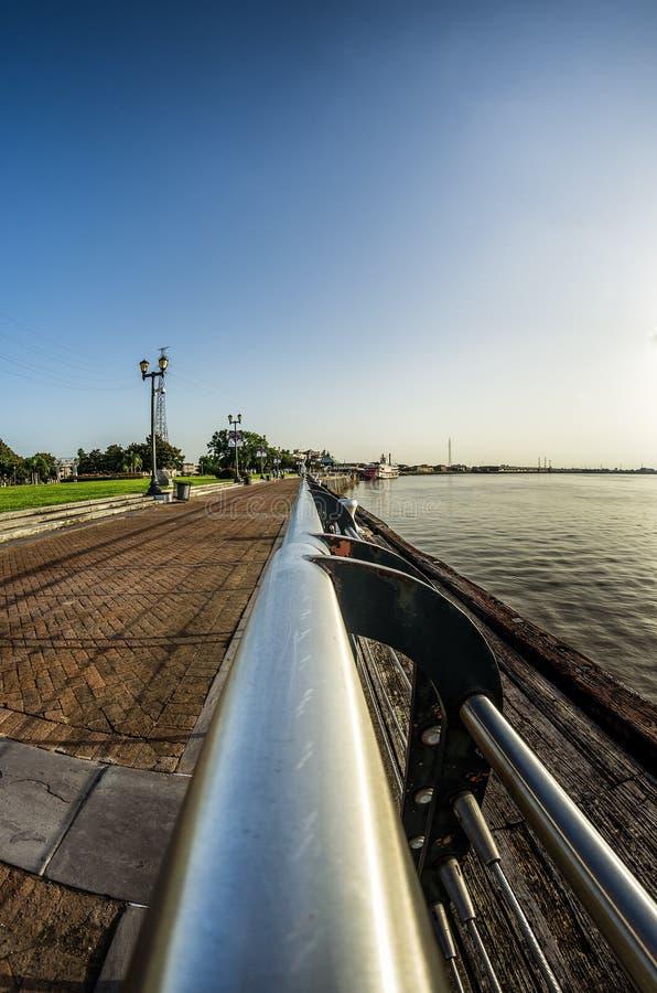 Früher Morgen-Fluss-Weg-New- Orleansla USA lizenzfreie stockfotografie