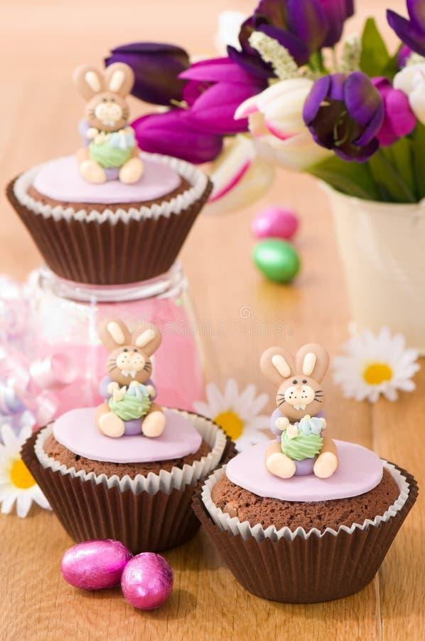 Frühjahr-Häschen-Kuchen stockbild