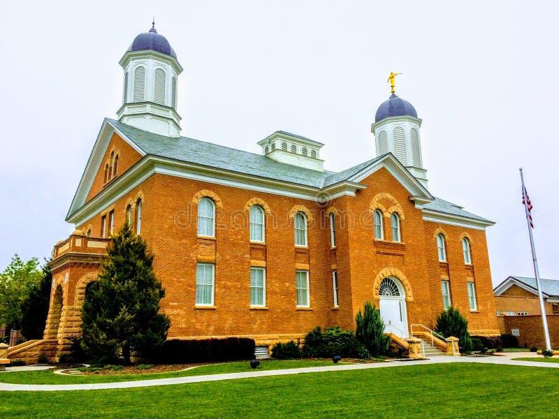 Frühlingshafter mormonischer Tempel LDS stockbilder