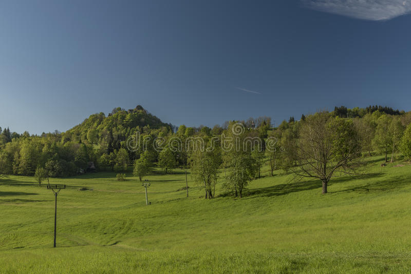 Frühlingsmorgen in Varnsdorf-Region lizenzfreie stockbilder
