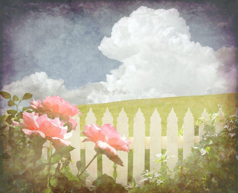Frühlingsweinlesehäuschen-Gartenhintergrund stockfotografie