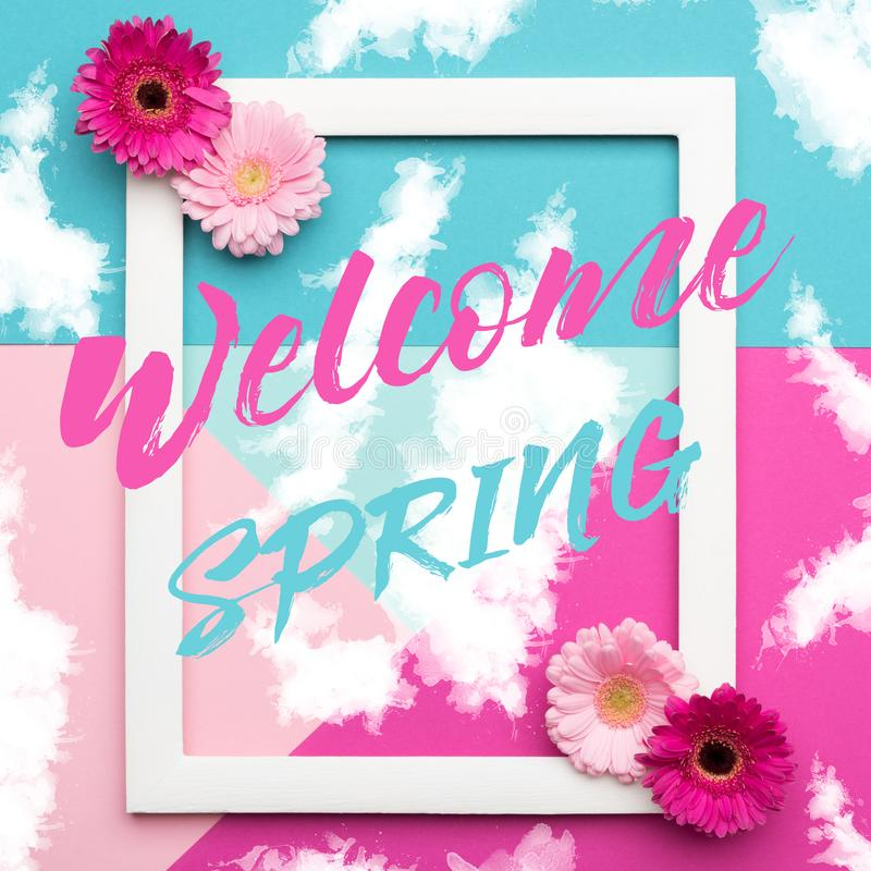 Frühlingszeit-Blumenebene legen Minimalismusgrußkarte vektor abbildung