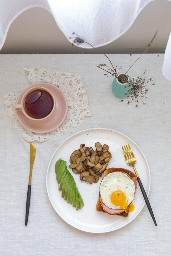 Frühstück auf der Tabelle stockfotos