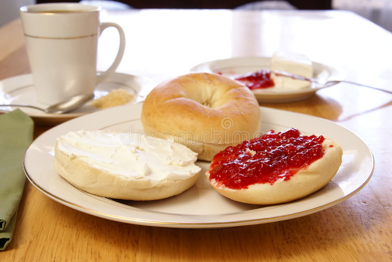 Frühstück-Bagel lizenzfreie stockfotos