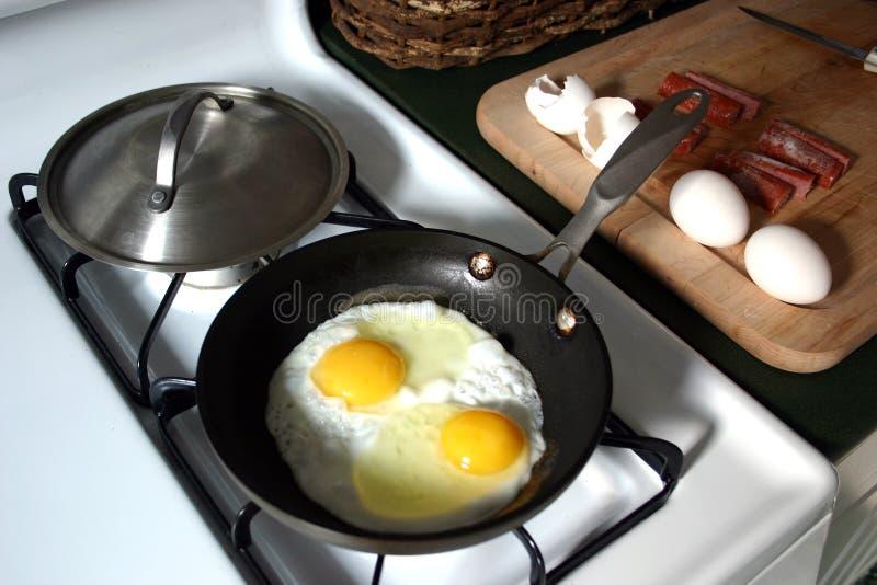 Frühstück - eggs&sausage lizenzfreie stockbilder